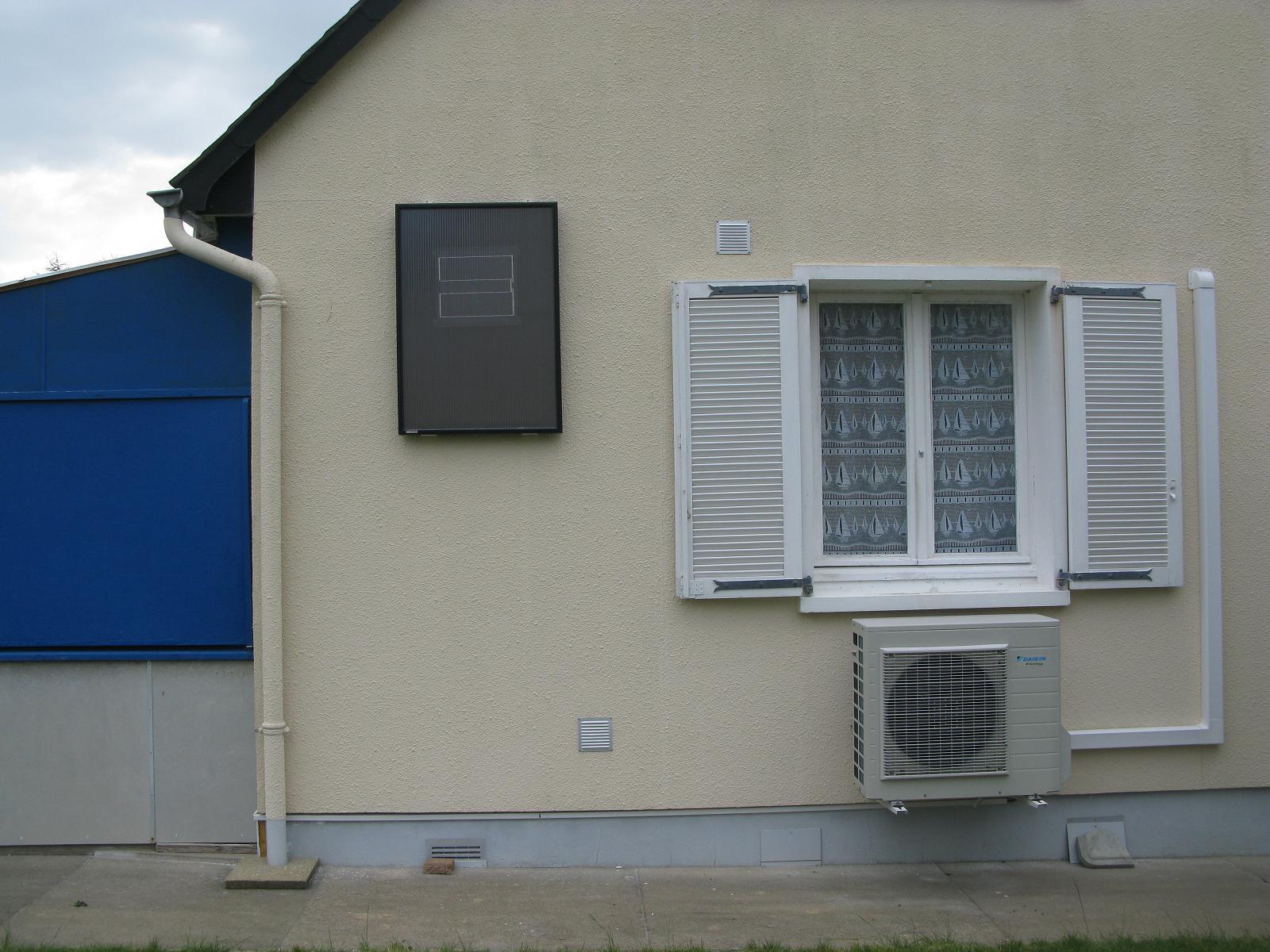 installation d un panneau solaire sarzeau morbihan 56 a rosolar constructeur en nergies. Black Bedroom Furniture Sets. Home Design Ideas